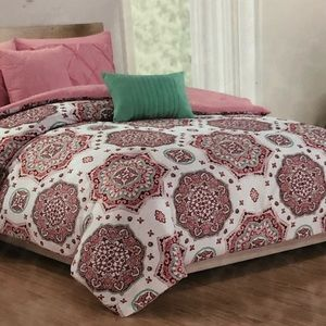 Other - Brand new King reversible 5 piece comforter set